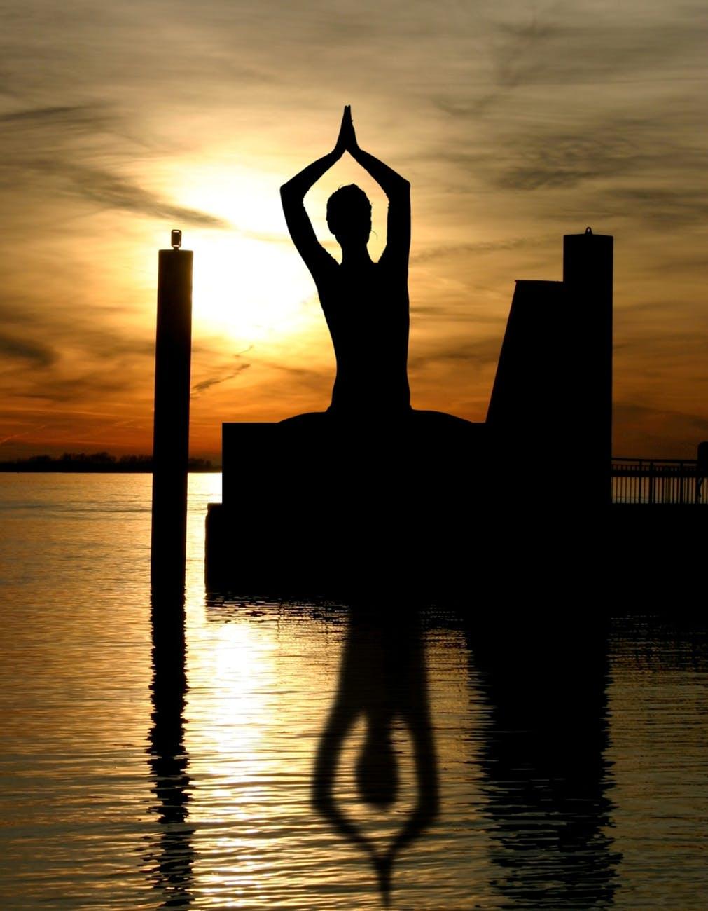meditation-buddha-yin-and-yang-buddhism-56006.jpeg